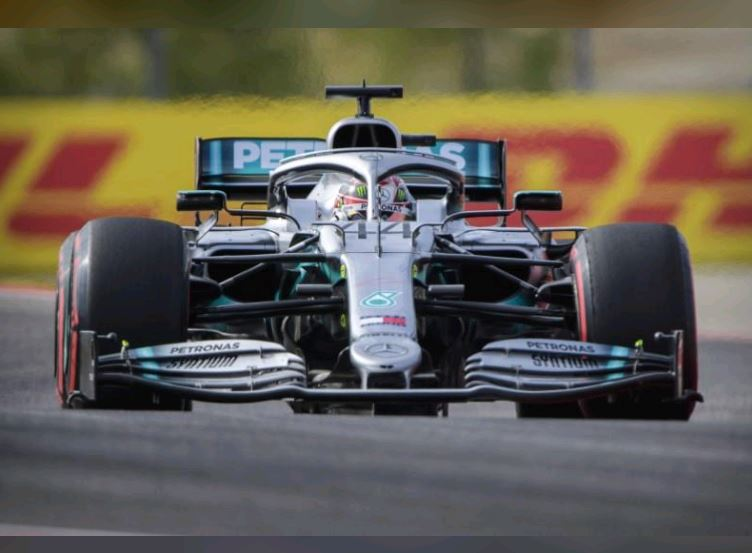 Hamilton signals he is ready to clinch title in style