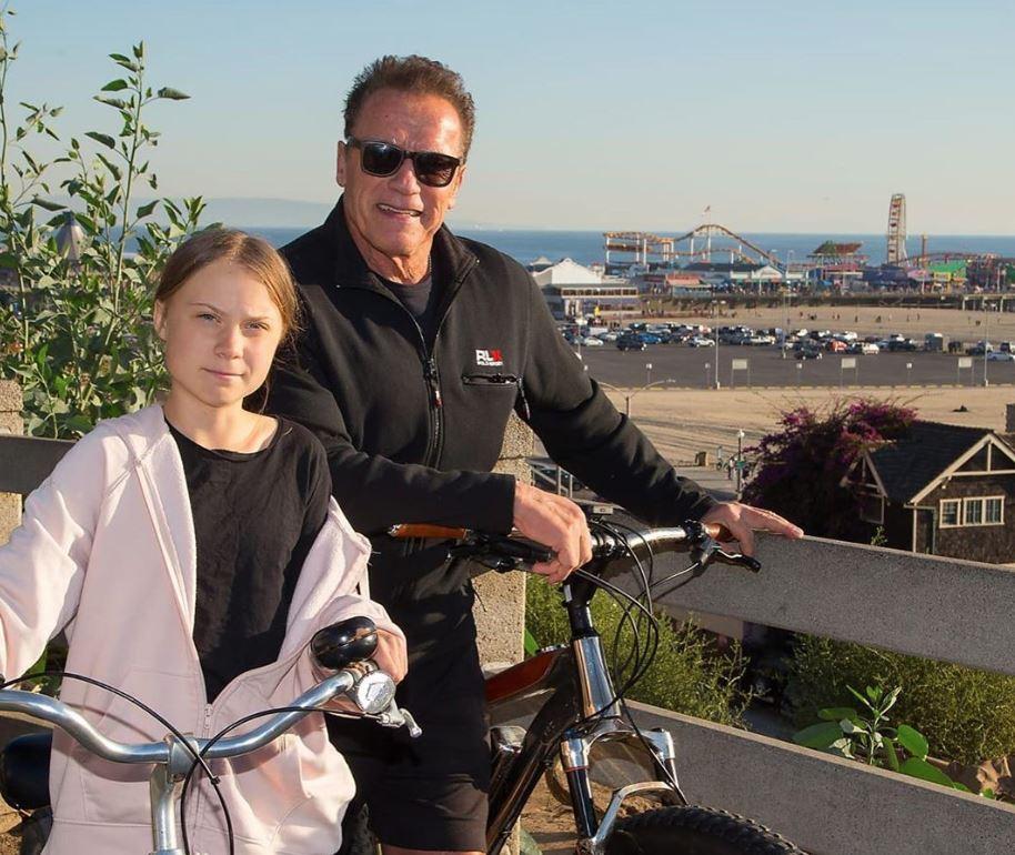 Schwarzenegger goes cycling with Greta Thunberg