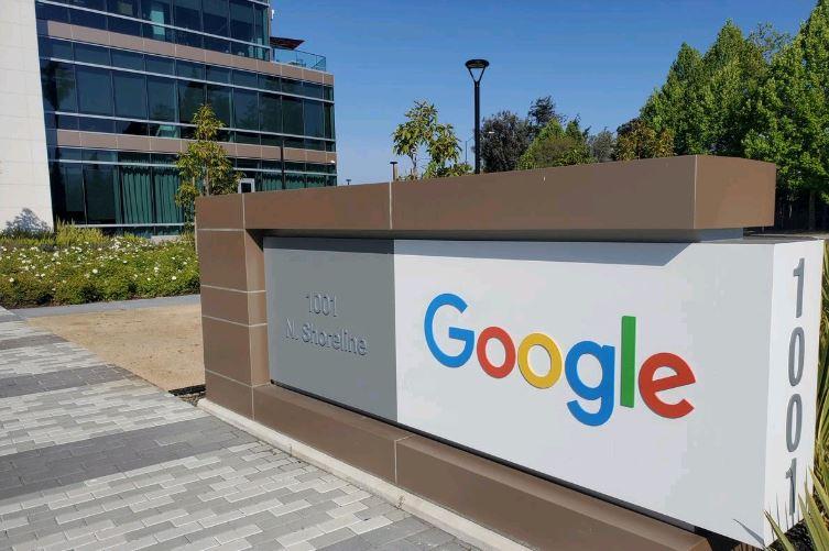 Regulators begin probe into Google-Ascension cloud computing deal: WSJ