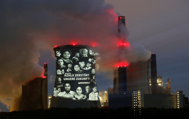 Fossil fuel polluters from US to China far off climate targets