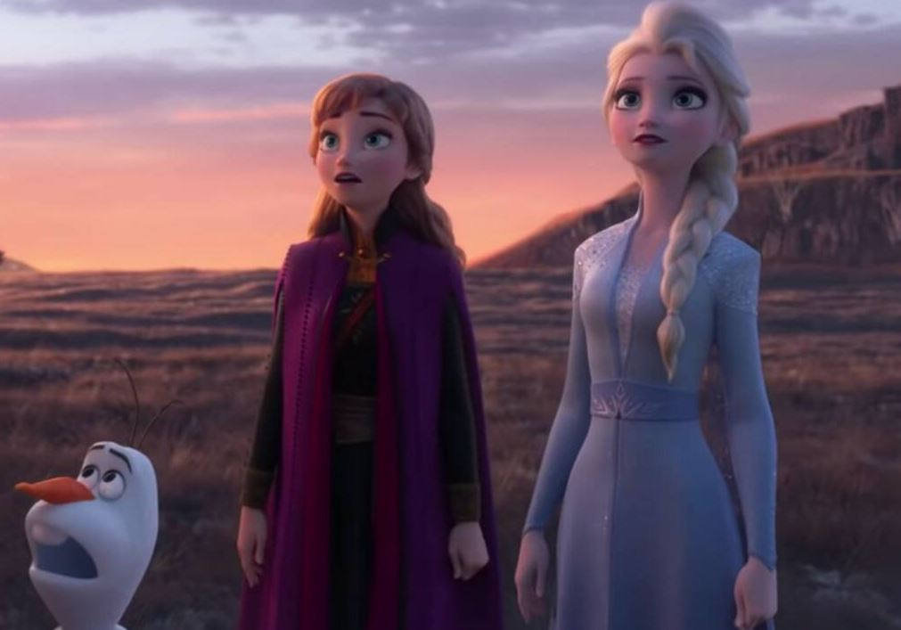 Anna and Elsa face risky journey in 'Frozen 2'