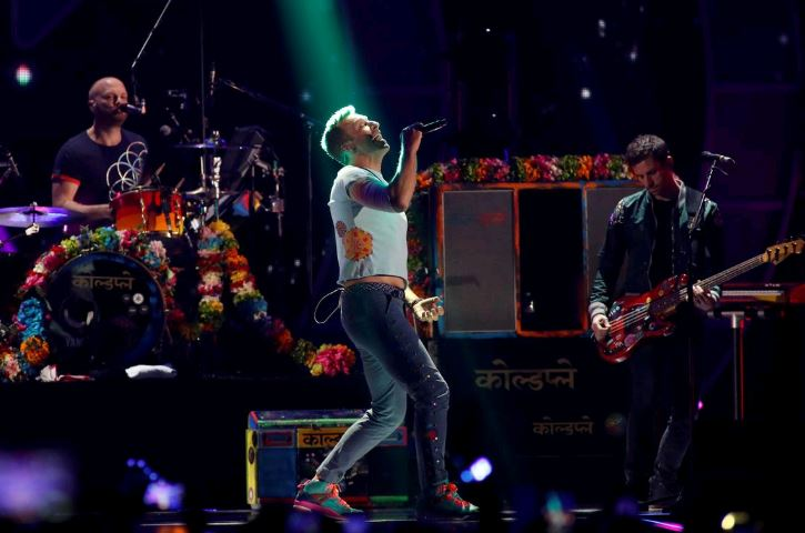 Coldplay won't tour new album, say want gigs to be 'sustainable'