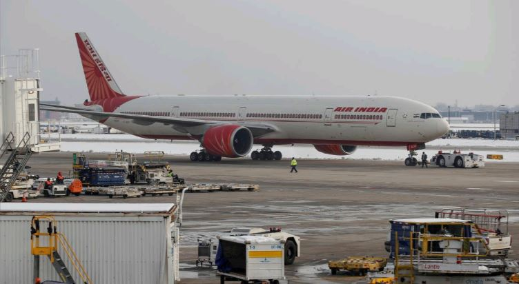 Air India will have to close if not privatised: India's aviation minister