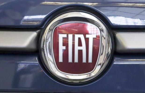 Fiat Chrysler reaches deal with union on contract