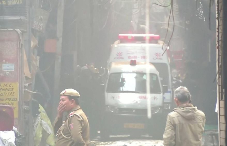 Fire at New Delhi factory kills 43