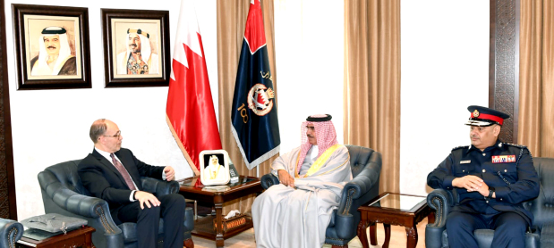 <p>Interior Minister General Shaikh Rashid bin Abdulla Al Khalifa yesterday received president of the Arab Gulf States Institute in Washington Ambassador Douglas A Silliman.</p>