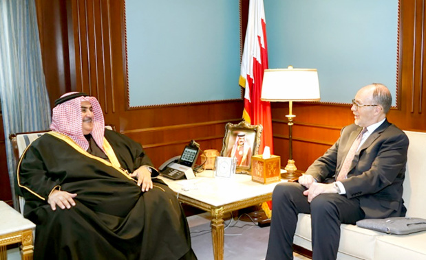 <p>Foreign Minister Shaikh Khalid bin Ahmed Al Khalifa yesterday received president of the Arab Gulf States Institute in Washington Ambassador Douglas A Silliman.</p>