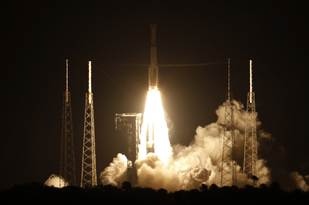 IN PICTURES: Timer error foils Boeing's test capsule mission to space station