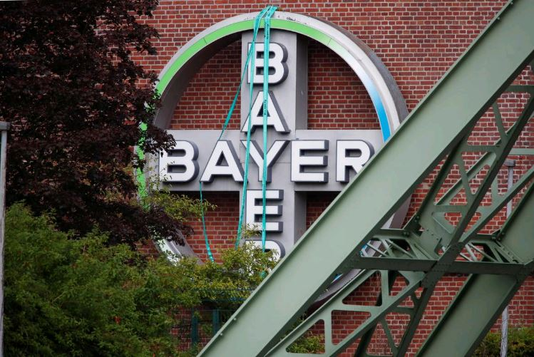 Bayer shares up 3.5% after US government's backing in glyphosate lawsuit