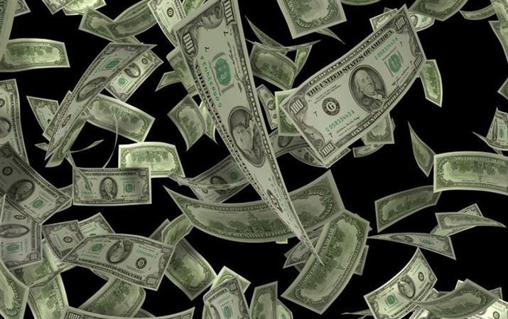 Colorado bank robber throws cash in air, shouting 'Merry Christmas'