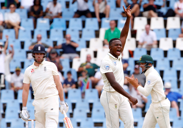 Bowlers shine in Centurion as South Africa build 175-run lead