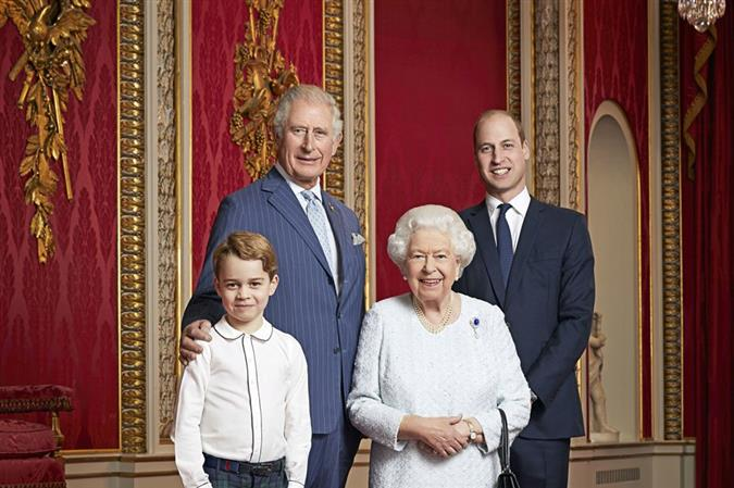 Four generations of UK royal family pose for photo to mark new decade