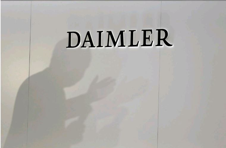 Daimler recalls 744,000 US Mercedes-Benz vehicles for faulty sunroofs