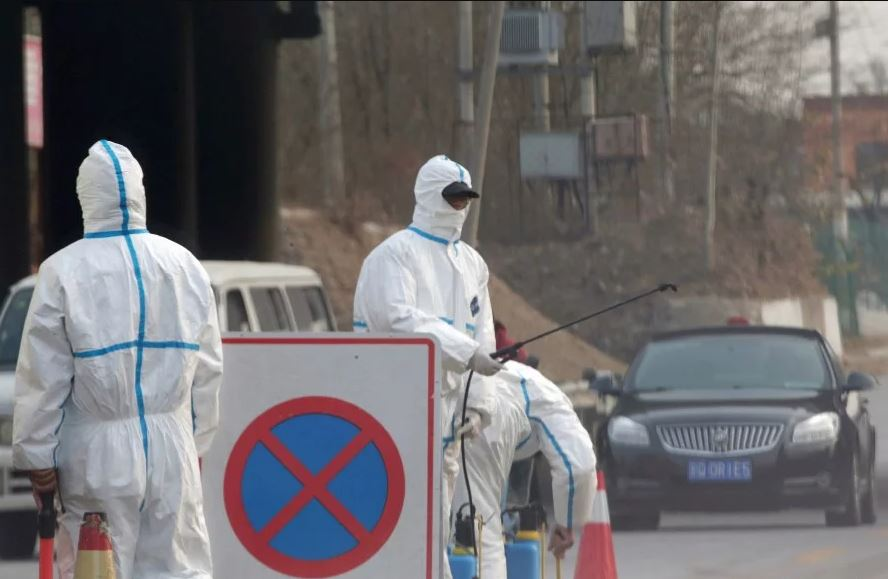 China says second person dies in Wuhan pneumonia outbreak