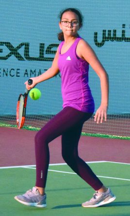 Sikha edges out Chloe in a thriller