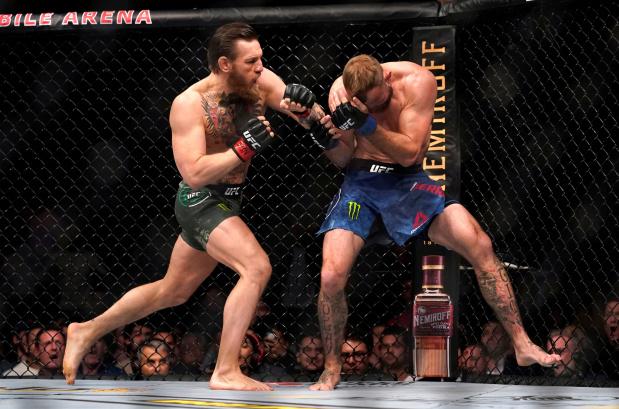 Conor McGregor makes fast work of Cerrone on UFC return