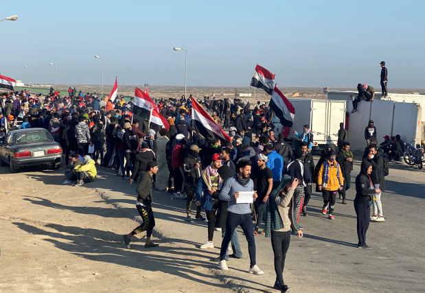 Dozens of Iraqi protesters wounded as anti-government unrest resumes