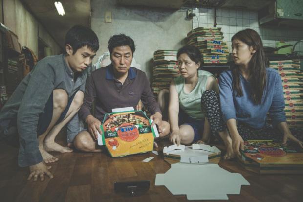 Award-winning South Korean black comedy thriller on screen