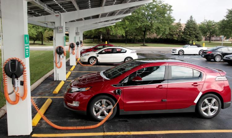 US House Democrats propose electric vehicle charging network