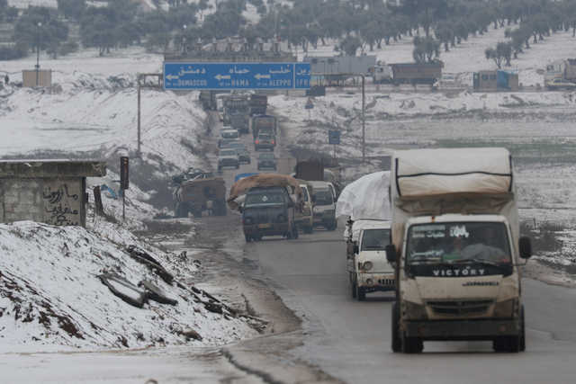 800,000 Syrians fleeing offensive