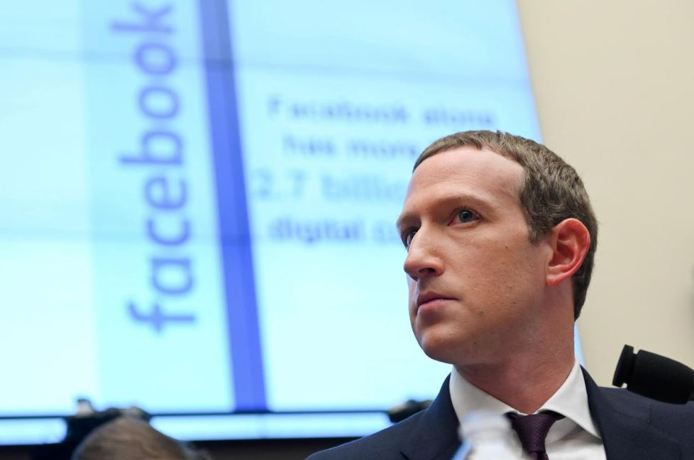 Zuckerberg urges new system to treat online content