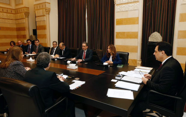 IMF experts meet Lebanese PM at start of Beirut visit