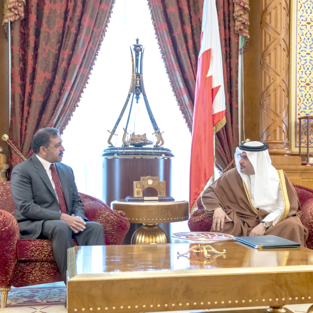 His Royal Highness Prince Salman bin Hamad Al Khalifa, Crown Prince, Deputy Supreme Commander and First Deputy Prime Minister, yesterday received Pakistani Ambassador Afzaal Mahmood and hailed solid relations and growing co-operation.