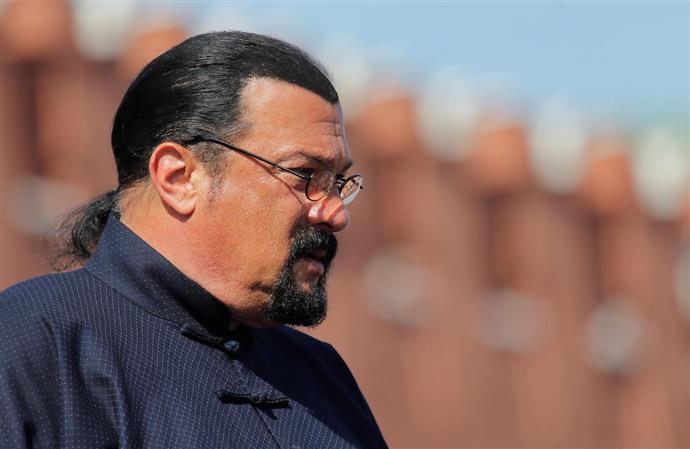 Steven Seagal charged by Securities and Exchange Commission with failing to disclose payments