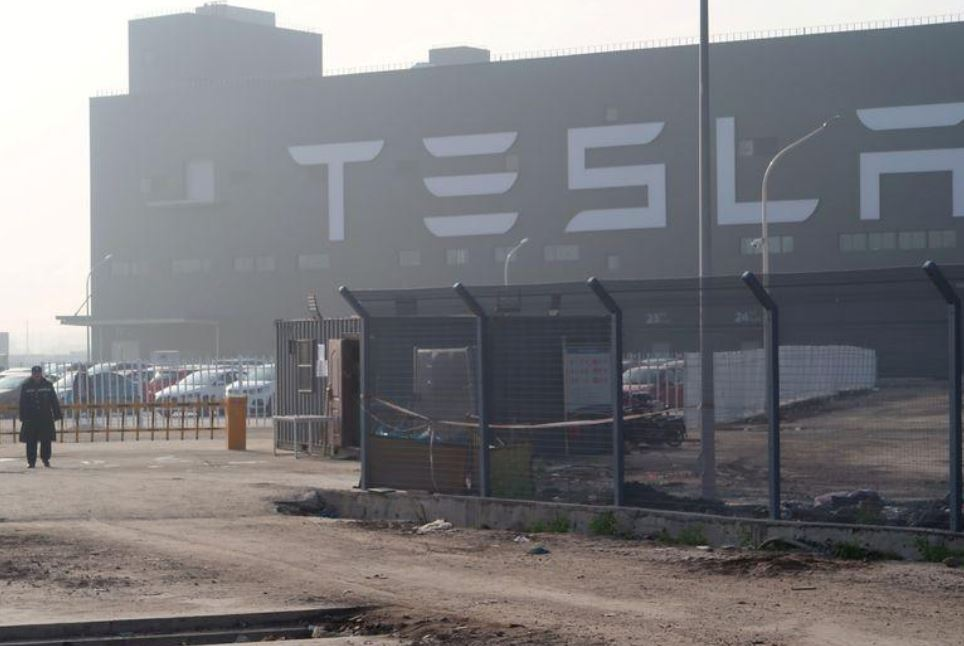 Tesla plans to expand car parts production capacity in Shanghai