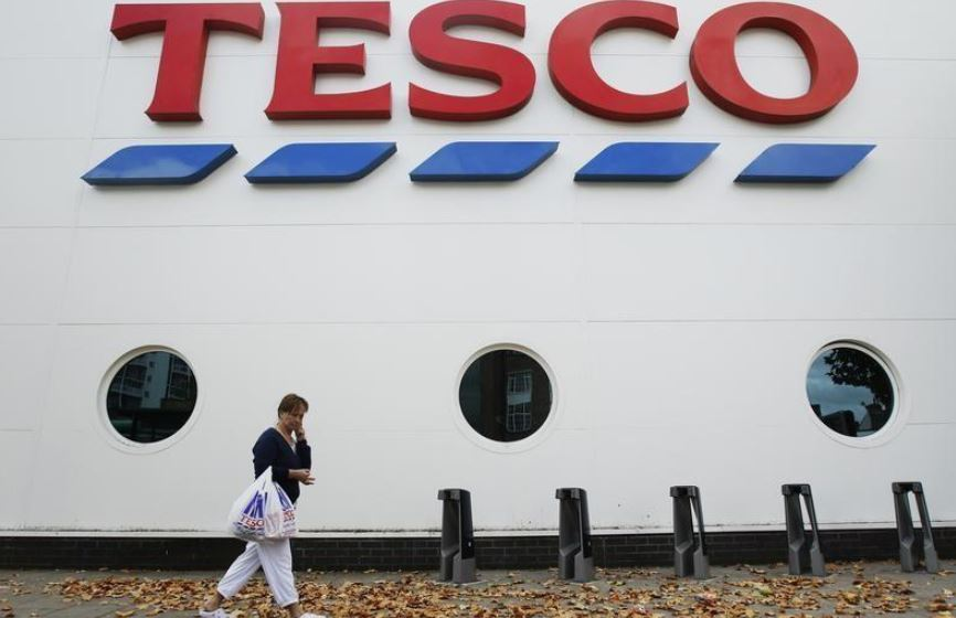 Tesco recruits 35,000 workers