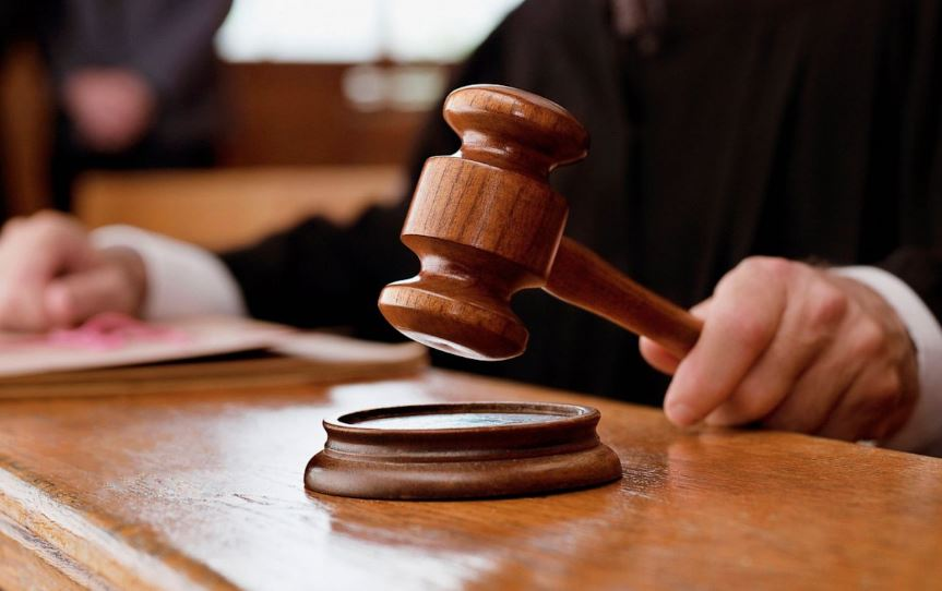 Convict in the dock over new financial case