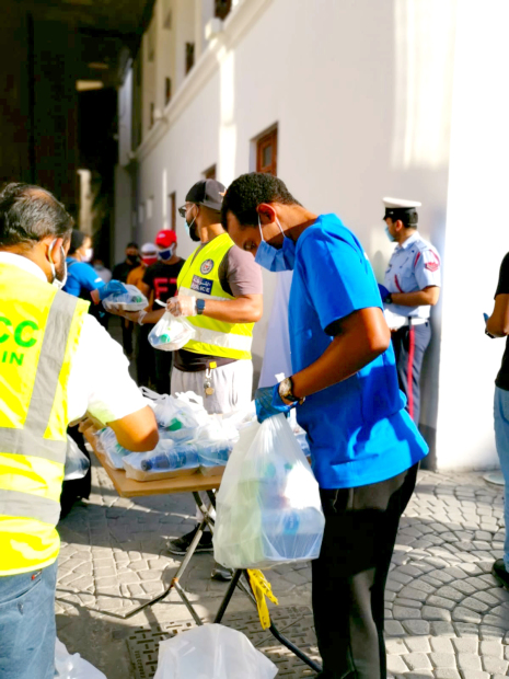 <p>Food aid being handed out.</p>