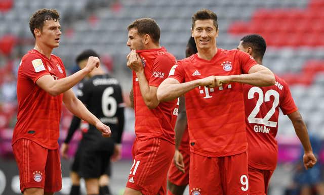Football: Bayern Munich thrash Fortuna Duesseldorf to close in on ...