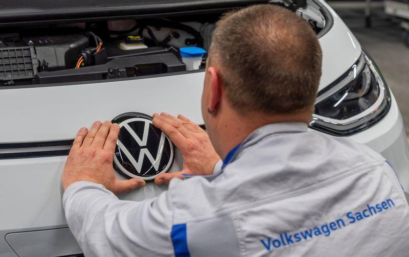 Volkswagen says deliveries of ID.3 electric car to start in September