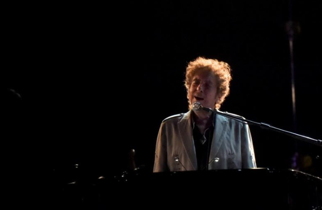 Bob Dylan on new album: 'The songs seem to write themselves'