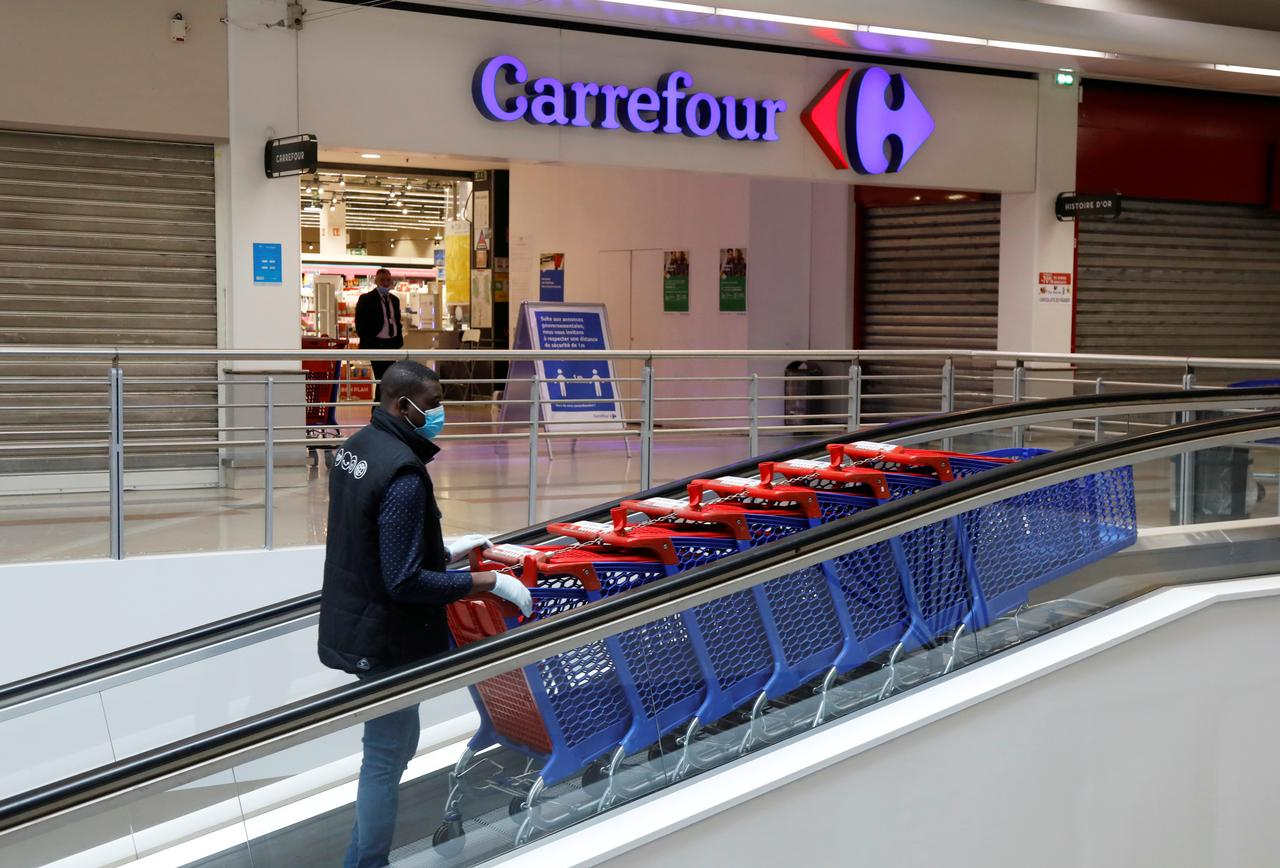 Carrefour, Google team up in voice grocery shopping service in France