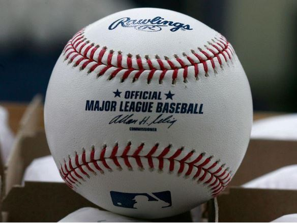 MLB owners vote to proceed with 2020 season