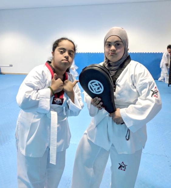 Para athletes excel in Arab tournament