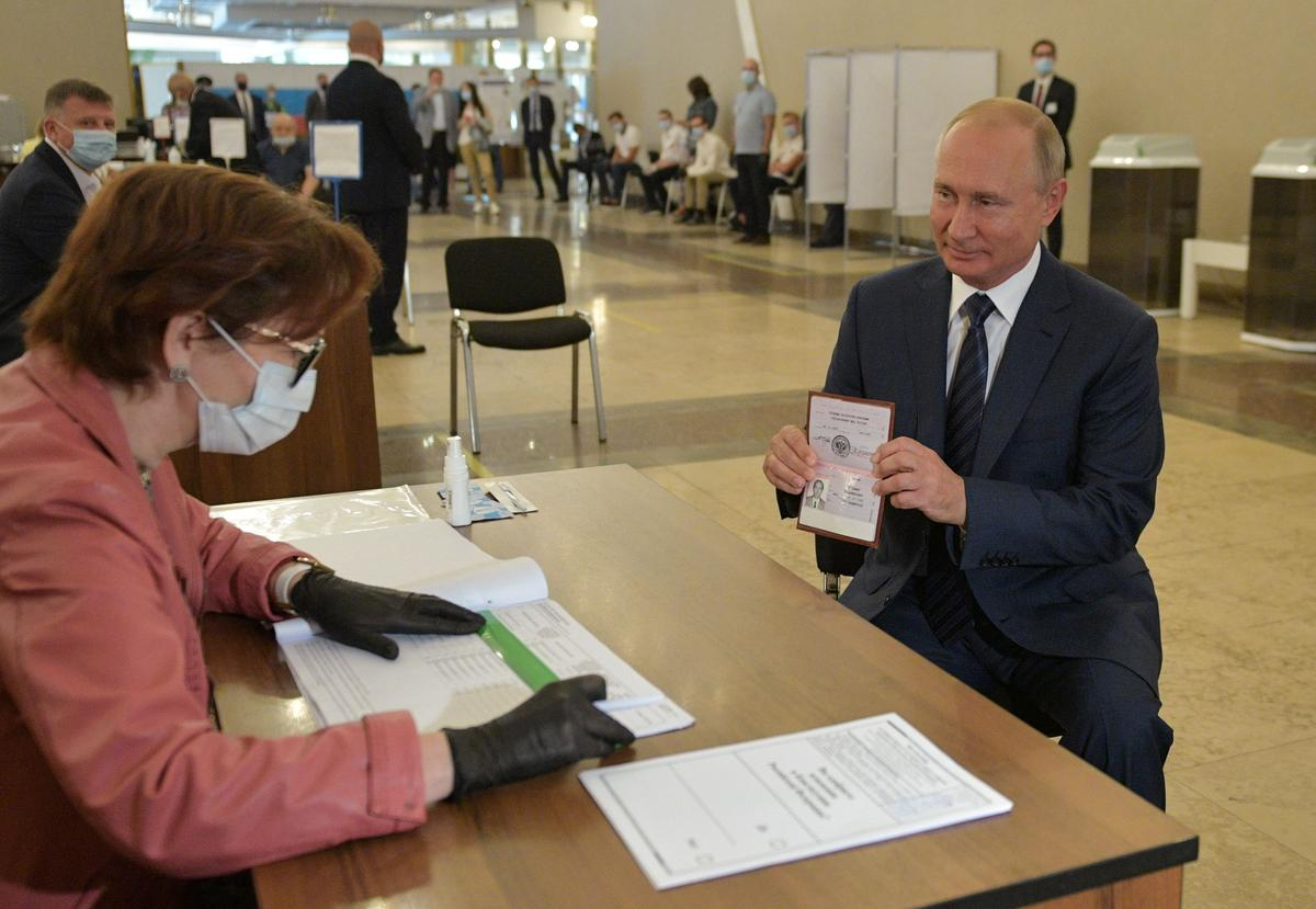 Russians grant Putin right to extend his rule until 2036 in landslide vote