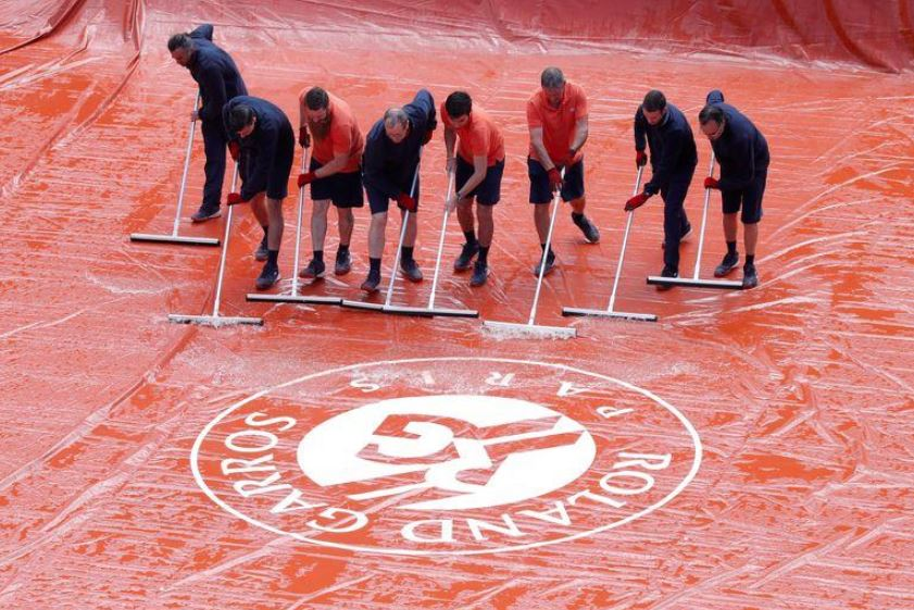 20,000 expected for French Open