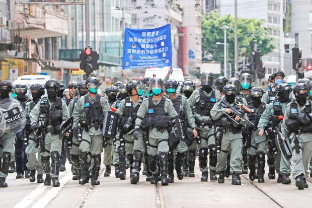 US passes sanctions over Hong Kong law