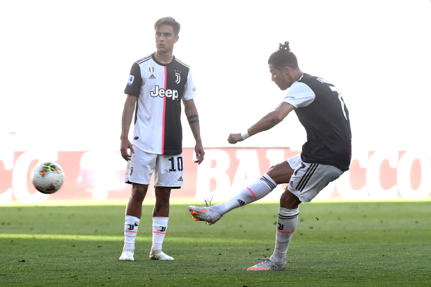 Ronaldo scores first free kick for Juve
