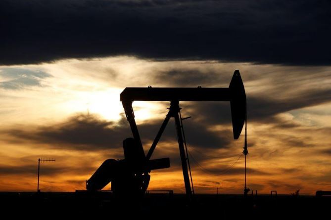 Oil prices mixed as coronavirus spike casts shadow over US demand