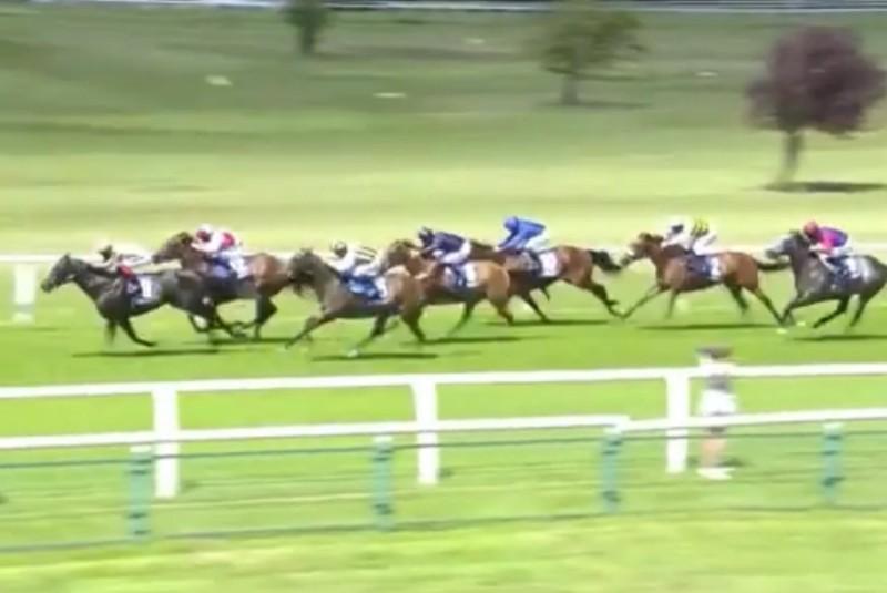 A'ali excels in Sandown race