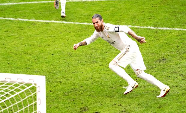 Real Madrid tightentitle grip