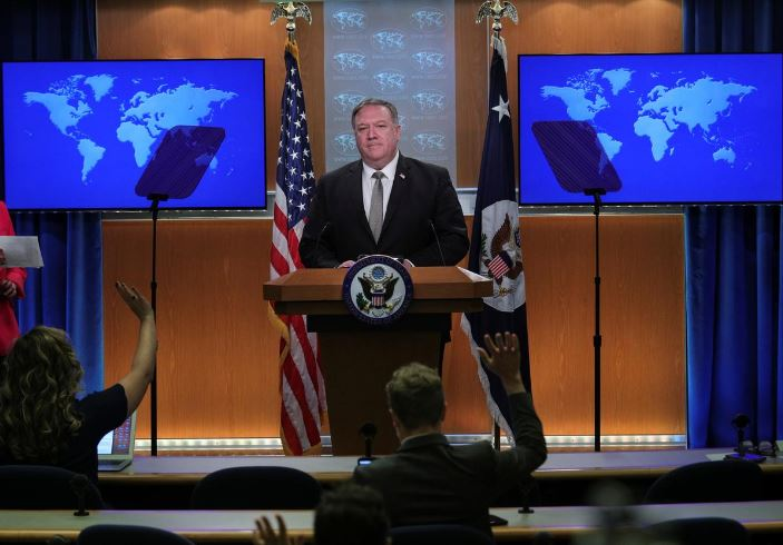 US seized Iranian weapons on way to Houthi rebels in Yemen says Pompeo
