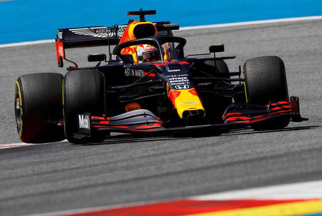 Verstappen leads Styrian GP practice, Ricciardo crashes