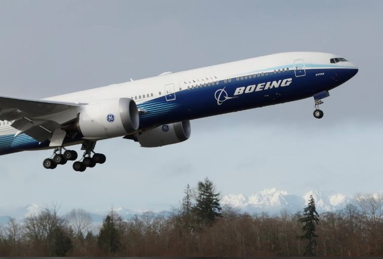 Boeing to delay 777X as demand drops for big jets