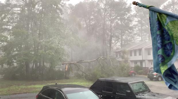 Tropical storm batters US Northeast