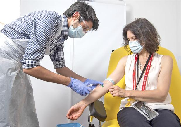 AstraZeneca resumes UK trials of Corona vaccine